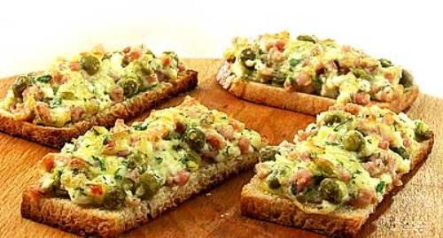 Бутерброды с печеными шампиньонами